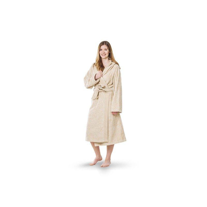 Ženski bade mantil od 100% pamuka, elegantnog izgleda i Svilanit kvaliteta. Poseduje kapuljaču i duboke bočne džepove za potpuno opuštanje. Veličine: S, M, L, XL.