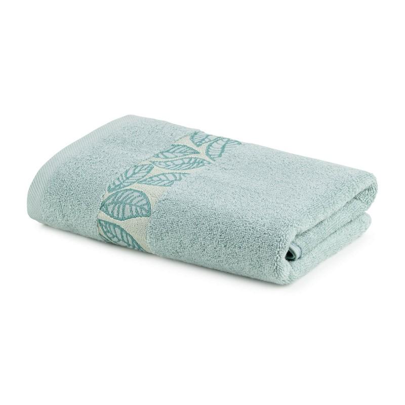 Jednobojni peškir Svilanit Orion izrađen od kvalitetnog i mekanog pamuka. Gusto tkanje pamuka za mekani dodir na vašoj koži. Peškiri sa dekorativnom bordurom. Idealan poklon za vaše najbliže. Tirkizna boja.