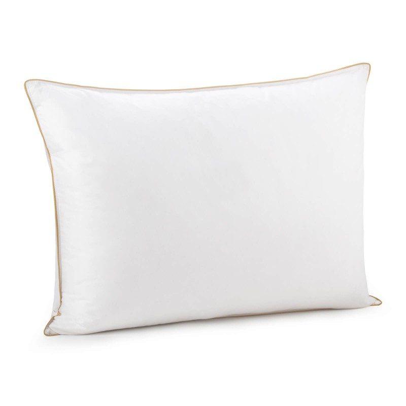 Klasični jastuka od paperja Finland Premium smatra se vrhunski udobnim jastukom. Pruža odličnu podršku u svim položajima spavanja, a njegova izuzetna mekoća, posebno će oduševiti one koji vole da spavaju na stomaku. Ceo jastuk je napravljen od 100% prirodnih materijala. Jastuk se u potpunosti pere na 30 °C.