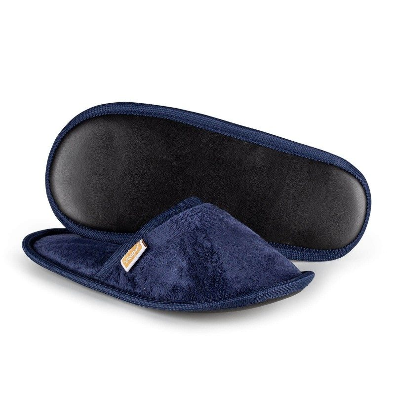 Lagane papuče za velika ili mala stopala, za maksimalni komfor u domu! SoftTouch sobne papuče, napravljene su od visokokvalitetnih mikrovlakana, koji vam daje odličan osećaj mekoće i udobnosti. Papuče u jednoj boji sa mekanim đonom po svačijem ukusu. Dostupne su u različitim bojama i pogodne su i za muškarce, žene i decu. Papuče se mogu oprati u veš mašini na 40 °C.