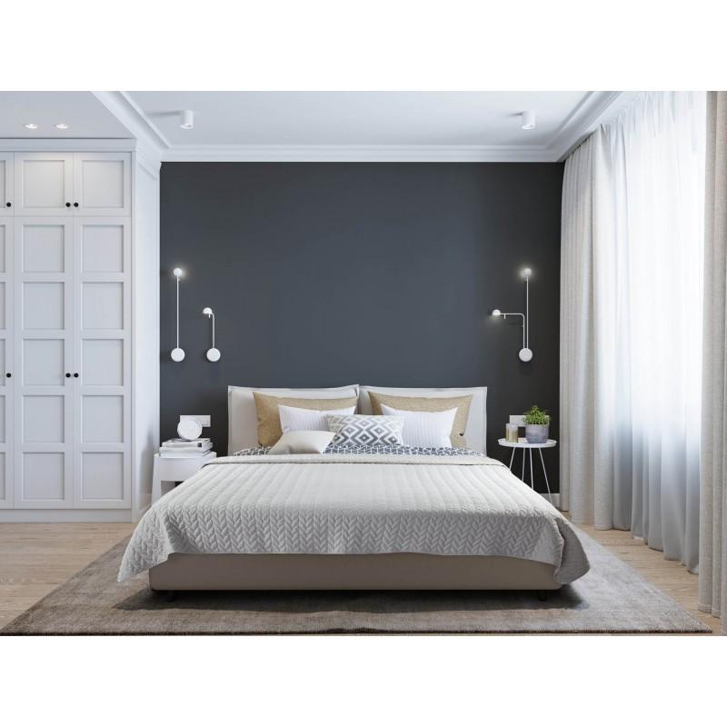 Prljav krevet sada je stvar prošlosti! Prekrivač je odlična zaštita od mrlja, prašine i prljavštine. Izuzetno je mekan i udoban. Prekrivač se može koristiti sa obe strane: jedna je svetlija, a druga tamnija. Izdržljiva tkanina je ukrašena elegantnim prošivima po celoj površini, tako da će biti i lep ukras vašoj spavaćoj sobi. Prekrivač je periv na 40° C.