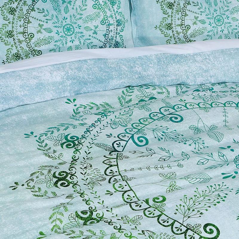 Vreme je za potpuno uživanje u modernim pamučnim posteljinama! Posteljina Neysa je satkana od visokokvalitetnog, tankog i mekanog pamučnog satena. Posteljina od satena je čudesan ukras vaše spavaće sobe, a u isto vreme odličan izbor za udoban i ugodan san. Neka vas očara klasični dizajn prestižnog izgleda. Jastuci imaju poseban rub, koji poboljšava veličanstven izgled. Posteljina se može oprati na 40 °C.