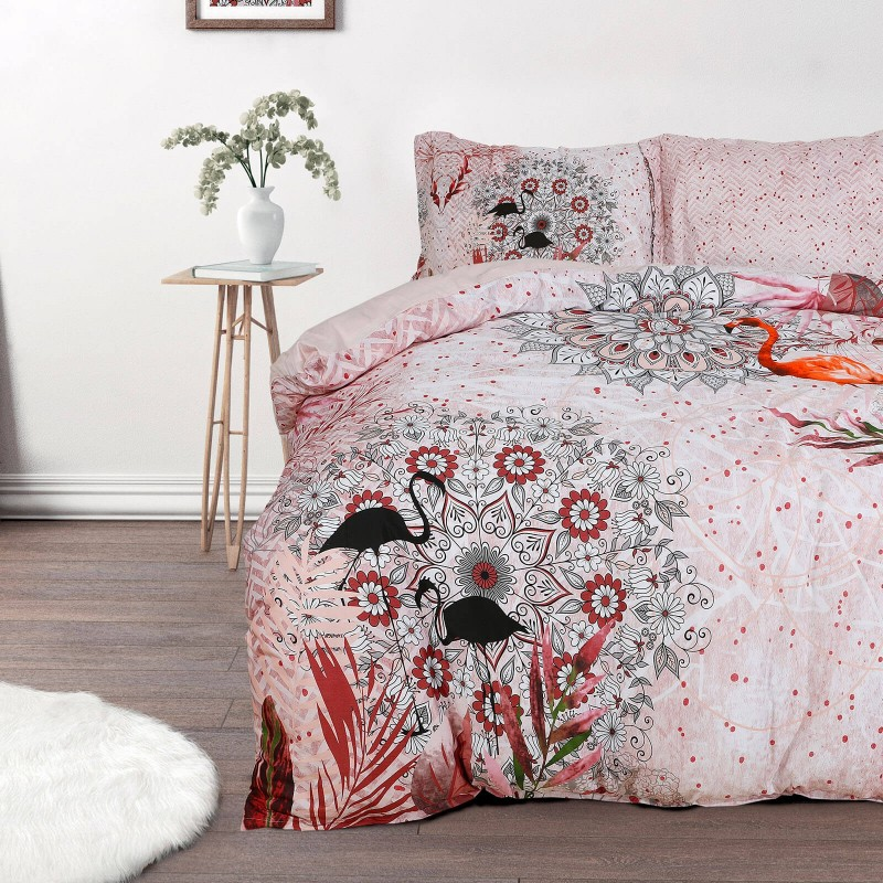 Vreme je za potpuno uživanje u modernim pamučnim posteljinama! Posteljina Sierra od mekanog pamučnog satena, koji je satkan od visokokvalitetnog, tankog tkanja. Posteljina od satena je prekrasan ukras vaše spavaće sobe, a u isto vrijeme odličan izbor za udoban i ugodan san. Posteljina je periva na 40°C.