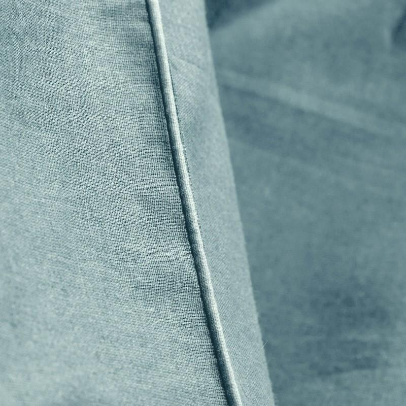 Vreme je za potpuno uživanje u modernim pamučnim posteljinama! Posteljina Svilanit Pine Green napravljena je od renforce platna, koje se smatra mekanom tkaninom i lakom za održavanje.  Mogućnost upotrebe sa obe strane. Posteljina je periva na 40 °C.