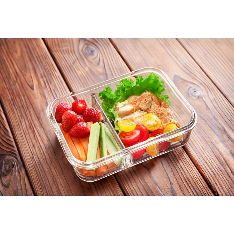 Rosmarino Bake & Go sa poklopcem (1300 ml) modernog izgleda biće vaš novi neizostavni dodatak za pečenje i kuvanje. Zbog svog sastava borosilikatnog stakla, posuda za pečenje je takođe otporna na visoke temperature u rerni ili mikrotalasnoj pećnici, pogodna za čuvanje u frižideru i mašini za pranje posuđa. Ne izlučuje štetne materije u hranu i ne ostavlja veštački ukus ili miris na hrani. Pekač je otporan na visoke temperature u rerni ili mikrotalasnoj pećnici, pogodan za čuvanje u frižideru i pranje u mašini za suđe. Idealan dodatak za pripremu lazanja, gratinirane testenine, mesa, ribe, pita za pečenje, povrća ili drugih raznih jela. Savršeno za vaša omiljena jela kad ste u pokretu.