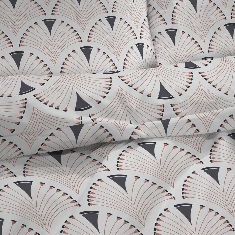 Vreme je za potpuno uživanje u modernim pamučnim posteljinama! Posteljina Svilanit Art Deco napravljena je od renforce platna, koje se smatra mekanom tkaninom i lakom za održavanje. Očaraće vas modernim dizajnom. Posteljina je periva na 40 °C.