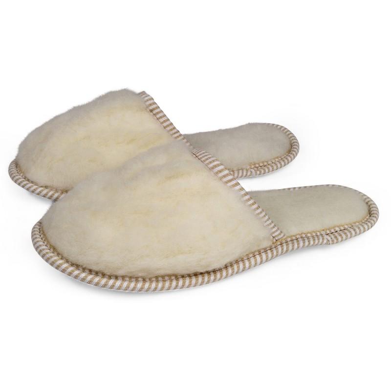 Vunene kućne papuče namenjene su svima koji imaju hladna stopala ili problema s cirkulacijom. Plitke, sa mekim đonom.
