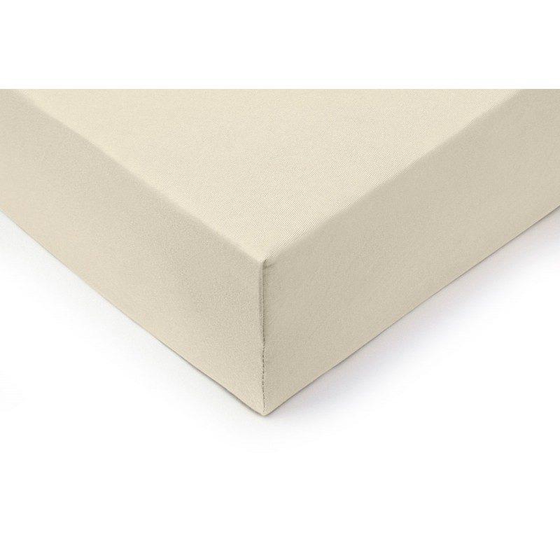 Vrhunski pamučni čaršav sa elastičnom trakom Lion napravljen od 100% češljanog pamuka. Češljani pamuk je izuzetno meka verzija pamuka napravljena od posebno obrađenih vlakana pre nego što je upletena u predivo. Jersey metoda tkanja stvara elastičnu foliju koja se ne povlači i savršeno pristaje krevetu. Čaršav ima elastičnu traku duž cele ivice za lakše pričvršćivanje na krevet. Zbog svojih dimenzija, pogodan je i za veće krevete do visine dušeka od 25 cm. Čaršav se pere na 60 ° C.