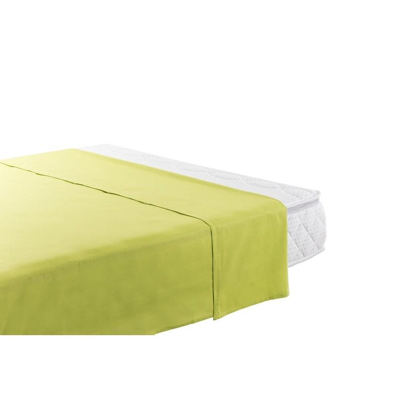 Pamučni čaršav Selina je napravljen od renforce platna, koje se smatra mekanom tkaninom i lakom za održavanje. Bez lastiša na ivicama, tako da može da se koristi i kao letnji pokrivač. Zbog svojih dimenzija, pogodan je za dušeke visine od 25 cm. Čaršav se može oprati na 60 °C.