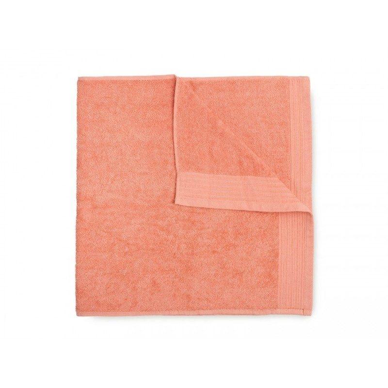 Jednobojni peškir Svilanit Prima je izrađen od visokokvalitetnog i mekog pamuka. Gusto tkani pamuk za negu kože. Koralna boja.