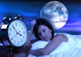 Kako pun mesec utiče na spavanje?