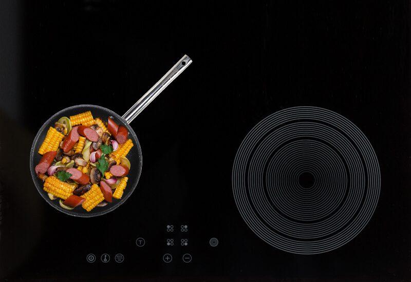 Primeren za upotrebu na svim površinama za kuvanje, uključujući indukcionu